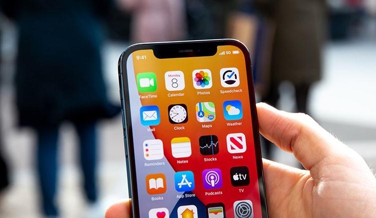 iPhone 13 in-display fingerprint sensor